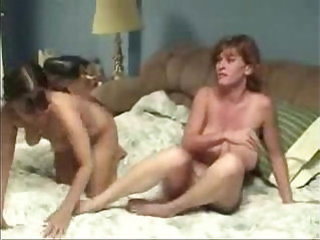 French wife had pussy licked by lesbian Amateur home made