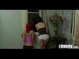 Emo Lesbos